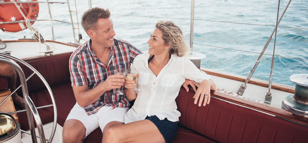 A luxury Whitsunday day cruise especially for couples